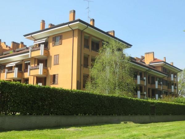 Appartamento in vendita a Peschiera Borromeo, Con giardino, 115 mq