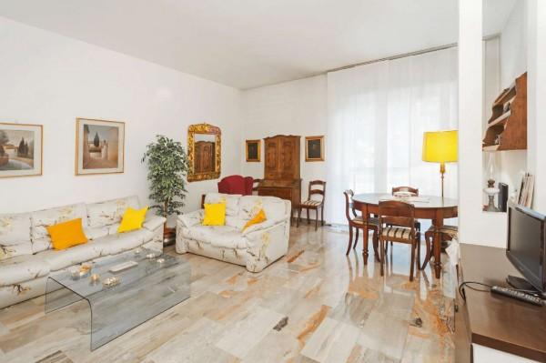 Appartamento in vendita a Milano, Con giardino, 125 mq