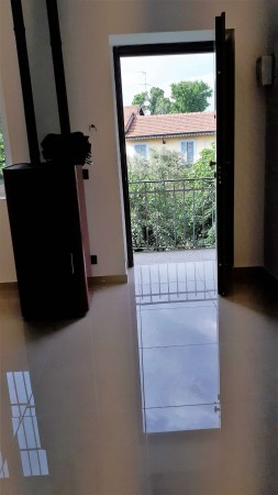 Appartamento in vendita a Monza, Centrale, Arredato, con giardino, 70 mq