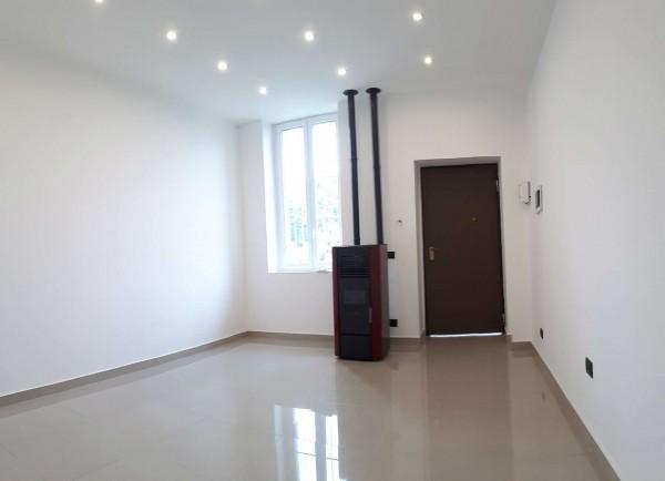 Appartamento in vendita a Monza, Centrale, Con giardino, 60 mq