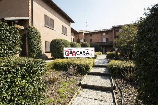 Villetta a schiera in vendita a Carate Brianza, Costa Lambro, Con giardino, 184 mq
