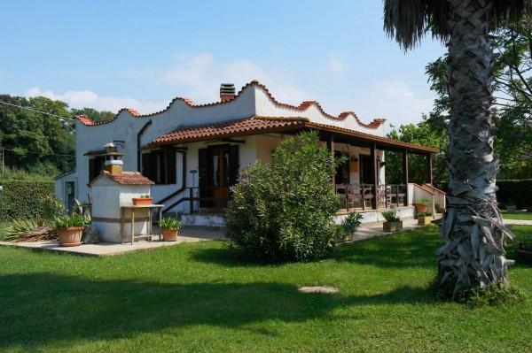 Casa indipendente in vendita a Aprilia, Fossignano, Con giardino, 147 mq