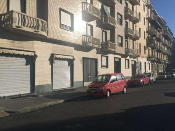 Negozio in vendita a Torino, 85 mq - Foto 1