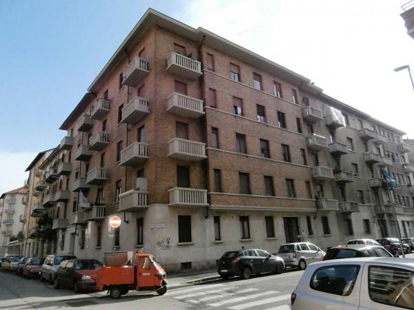Appartamento in vendita a Torino, 60 mq