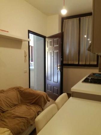 Appartamento in affitto a Milano, Rogoredo, Arredato, 45 mq