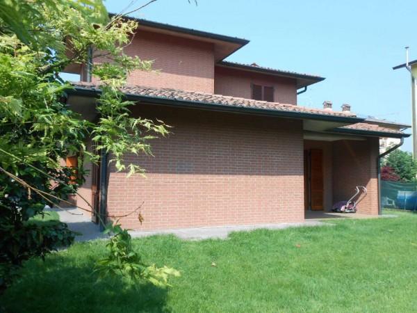 Villa in vendita a Bagnolo Cremasco, Residenziale, Con giardino, 269 mq