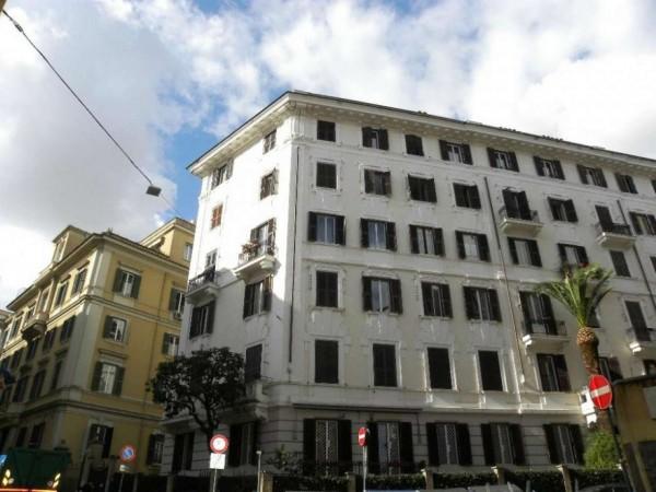 Appartamento in vendita a Roma, 160 mq