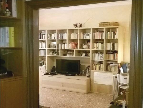 Appartamento in vendita a Roma, Aurelio, Con giardino, 71 mq