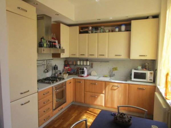 Appartamento in vendita a Genova, Marassi, 65 mq