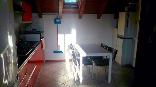 Appartamento in vendita a Besnate, Arredato, con giardino, 55 mq
