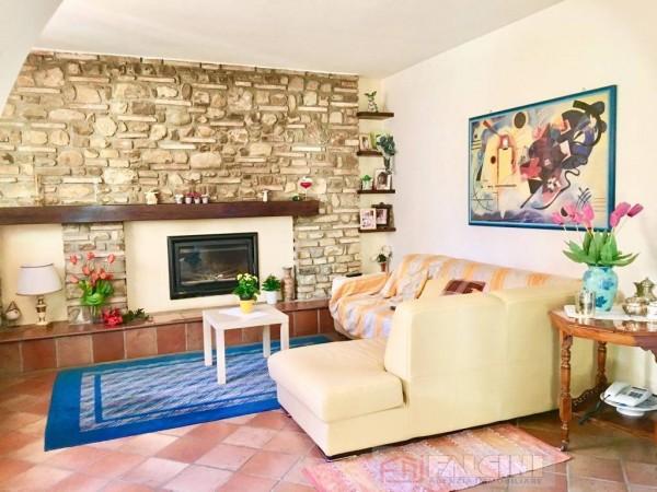 Appartamento in vendita a Città di Castello, Baucca, Con giardino, 150 mq