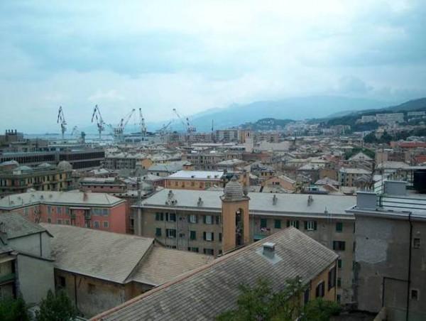 Appartamento in vendita a Genova, Sestri Ponente Centro, 40 mq
