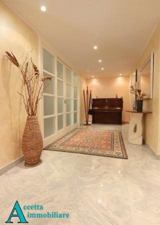 Appartamento in vendita a Taranto, Residenziale, 180 mq