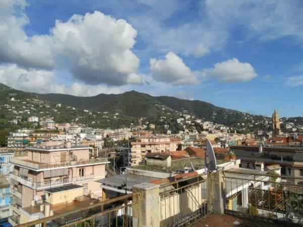 Appartamento in vendita a Rapallo, Centro Città, 110 mq