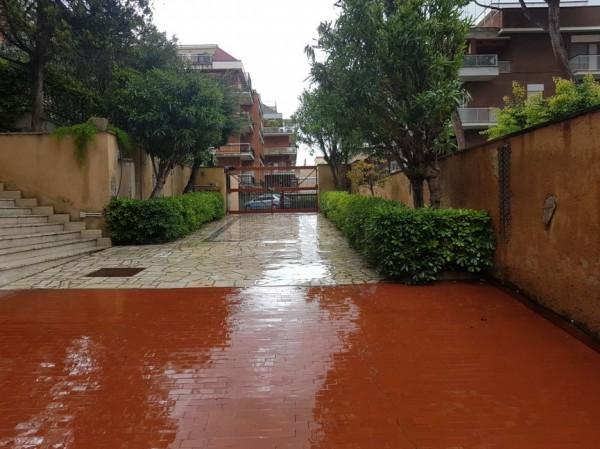 Immobile in vendita a Roma, Torrevecchia, 105 mq