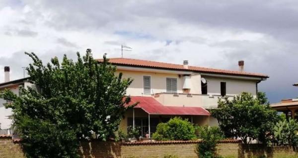 Villa in vendita a Roma, Boccea, 200 mq