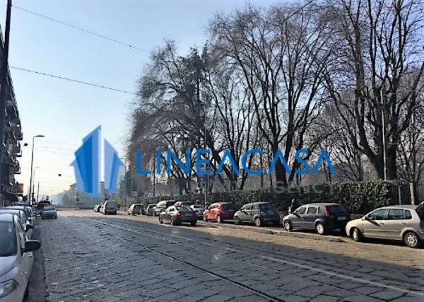 Appartamento in vendita a Milano, Piazza Abbiategrasso Mm, Con giardino, 55 mq