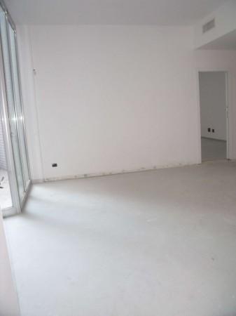 Appartamento in vendita a Milano, Lambrate, Con giardino, 110 mq