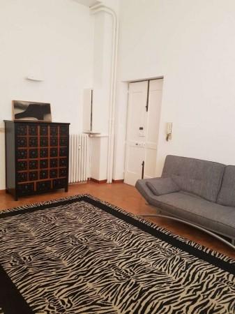 Appartamento in vendita a Milano, Monforte, Arredato, con giardino, 65 mq