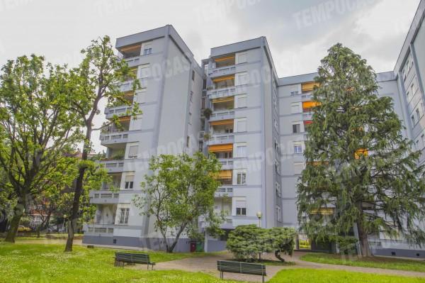 Appartamento in vendita a Milano, Affori Centro, Con giardino, 130 mq