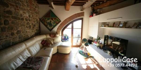 Appartamento in vendita a Castelnuovo Berardenga, Con giardino, 70 mq