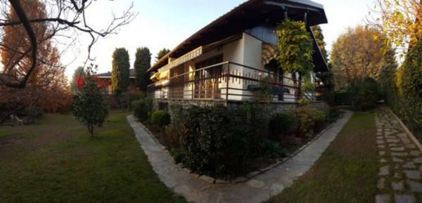 Villa in vendita a Rivalta di Torino, Con giardino, 300 mq