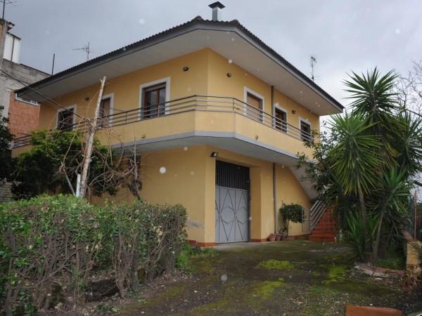 Casa indipendente in vendita a Somma Vesuviana, Periferica, Con giardino, 90 mq
