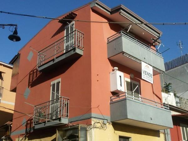 Appartamento in vendita a Somma Vesuviana, Centrale, 70 mq