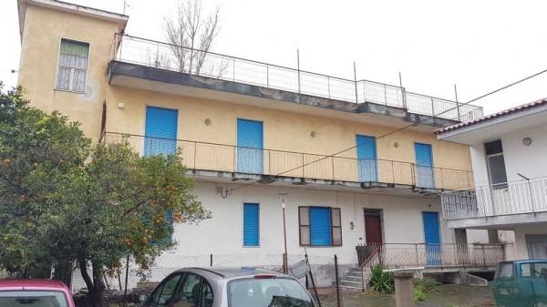 Appartamento in vendita a Somma Vesuviana, Periferica, 80 mq