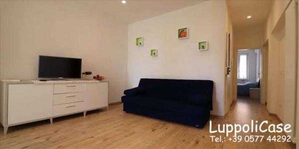 Appartamento in vendita a Siena, 65 mq