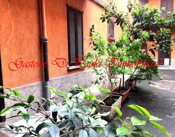 Appartamento in vendita a Milano, Rovereto, Con giardino, 57 mq