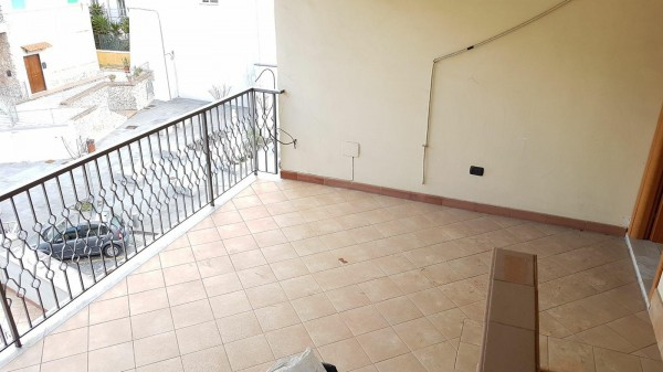 Appartamento in affitto a Somma Vesuviana, Centrale, 60 mq