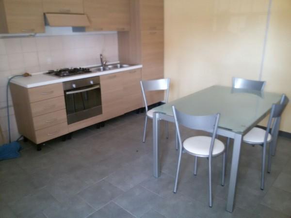 Appartamento in affitto a Castello di Cisterna, Centrale, 25 mq
