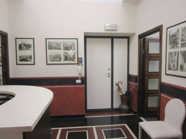 Ufficio in vendita a Genova, Centro, 195 mq