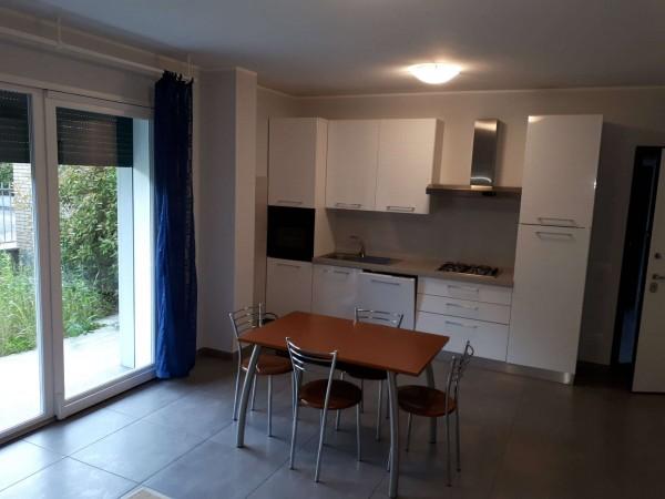Appartamento in affitto a Garbagnate Milanese, Santa Maria Rossa, Arredato, con giardino, 40 mq