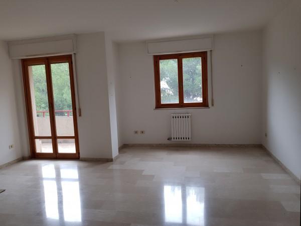 Appartamento in vendita a Taranto, Ssalinella, 125 mq