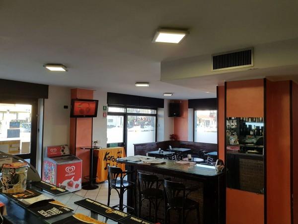 Locale Commerciale  in vendita a Tradate, Arredato, 100 mq - Foto 12