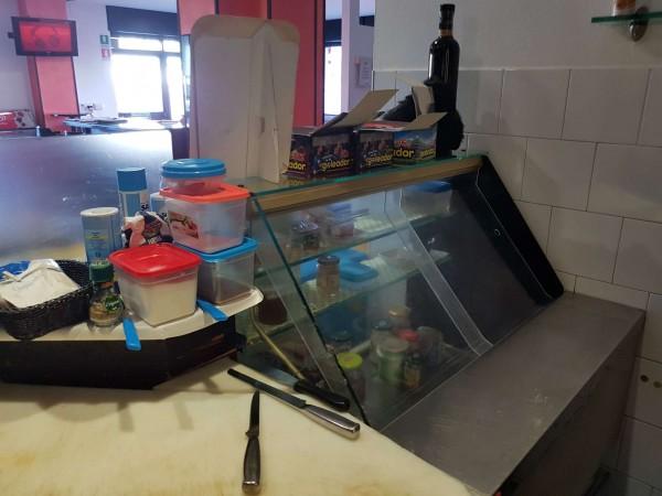 Locale Commerciale  in vendita a Tradate, Arredato, 100 mq - Foto 7