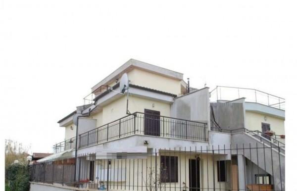 Appartamento in vendita a Ardea, 65 mq