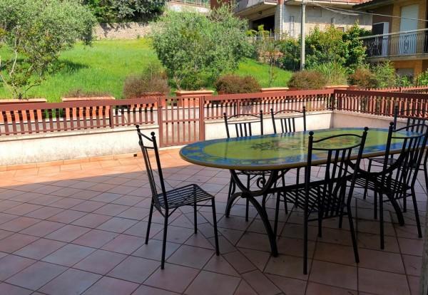 Villa in vendita a Perugia, Ferro Di Cavallo, Con giardino, 350 mq