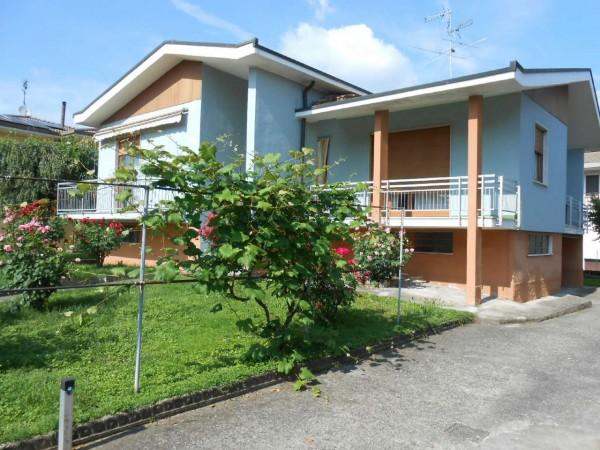 Villa in vendita a Monte Cremasco, Residenziale, Con giardino, 220 mq