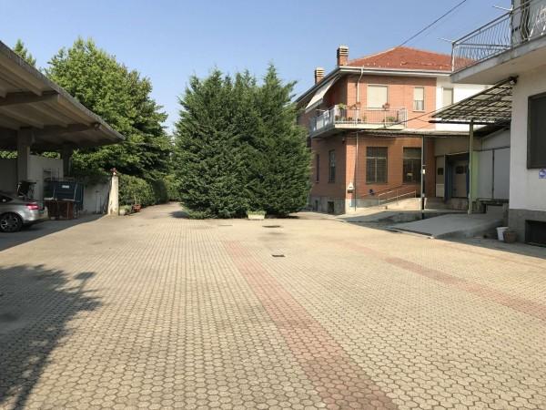 Capannone in vendita a Rivalta di Torino, 3100 mq - Foto 1