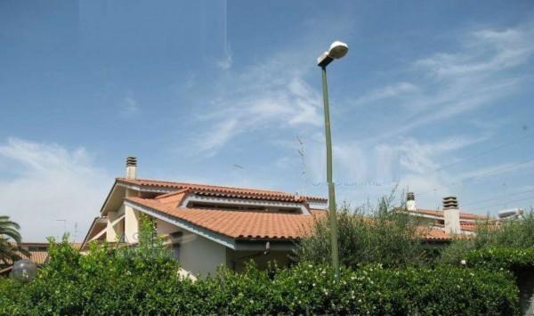 Villa in vendita a Ciampino, 292 mq
