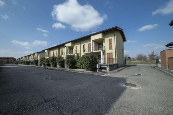 Villetta a schiera in vendita a Corbetta, Corbetta, Con giardino, 240 mq - Foto 47
