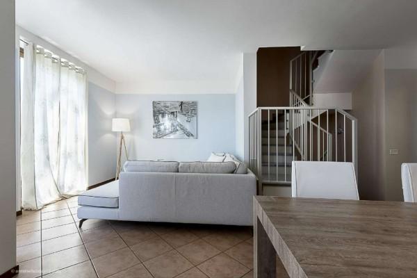 Villetta a schiera in vendita a Corbetta, Corbetta, Con giardino, 240 mq