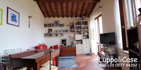 Appartamento in vendita a Siena, Con giardino, 54 mq