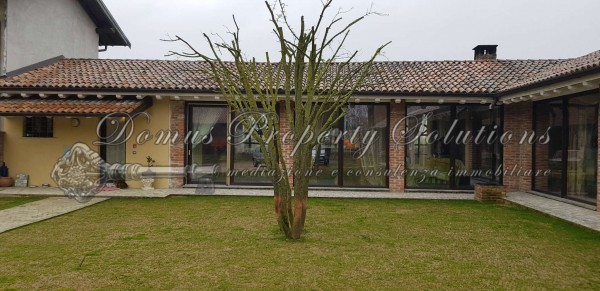 Villa in vendita a Dorno, Con giardino, 240 mq - Foto 1