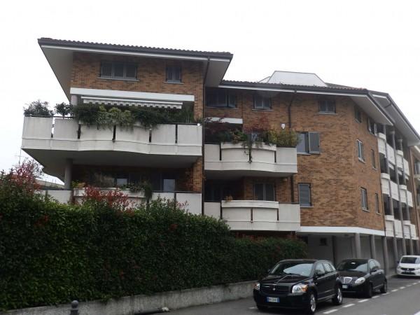 Appartamento in vendita a Cesano Maderno, Con giardino, 149 mq