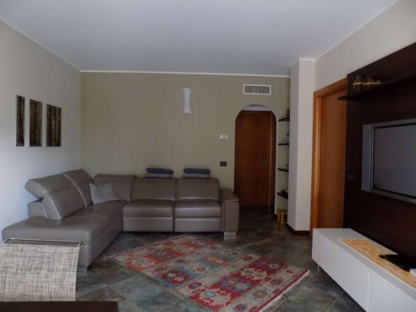 Appartamento in vendita a Varedo, Con giardino, 118 mq