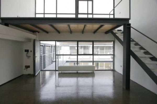 Ufficio in affitto a Milano, 110 mq